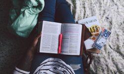 person, reading, books-984236.jpg